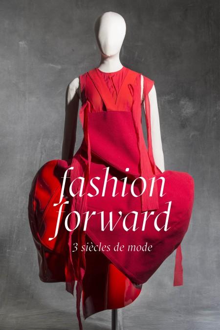 1. Comme des Garçons, Robe, printemps-été 2015 © Jean Tholance, Les Arts Décoratifs, Paris, collection Mode et Textile